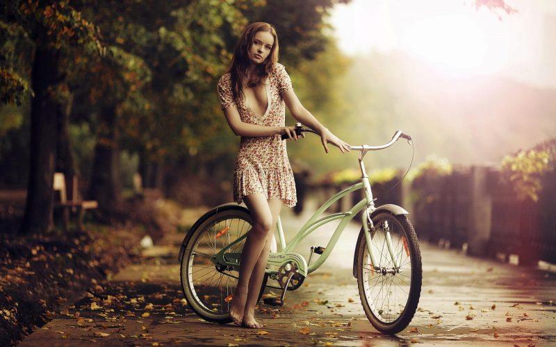Девушка с велосипедом, обоя, 1920*1200 - Велосипедный журнал