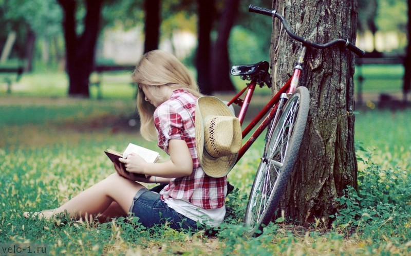 blonde-girl-summer-park-bicycle-hd-wallpaper