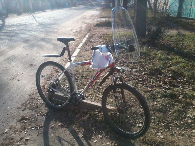 Ветровое стекло на велосипеде, фото